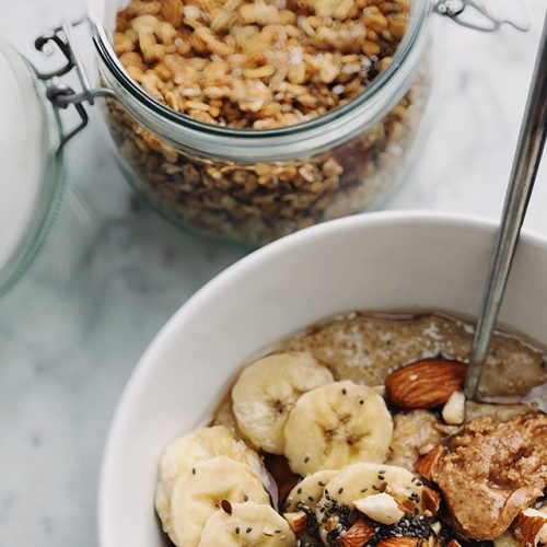 vegan recipes breakfast energy banana almond granola by Sweets and Greens